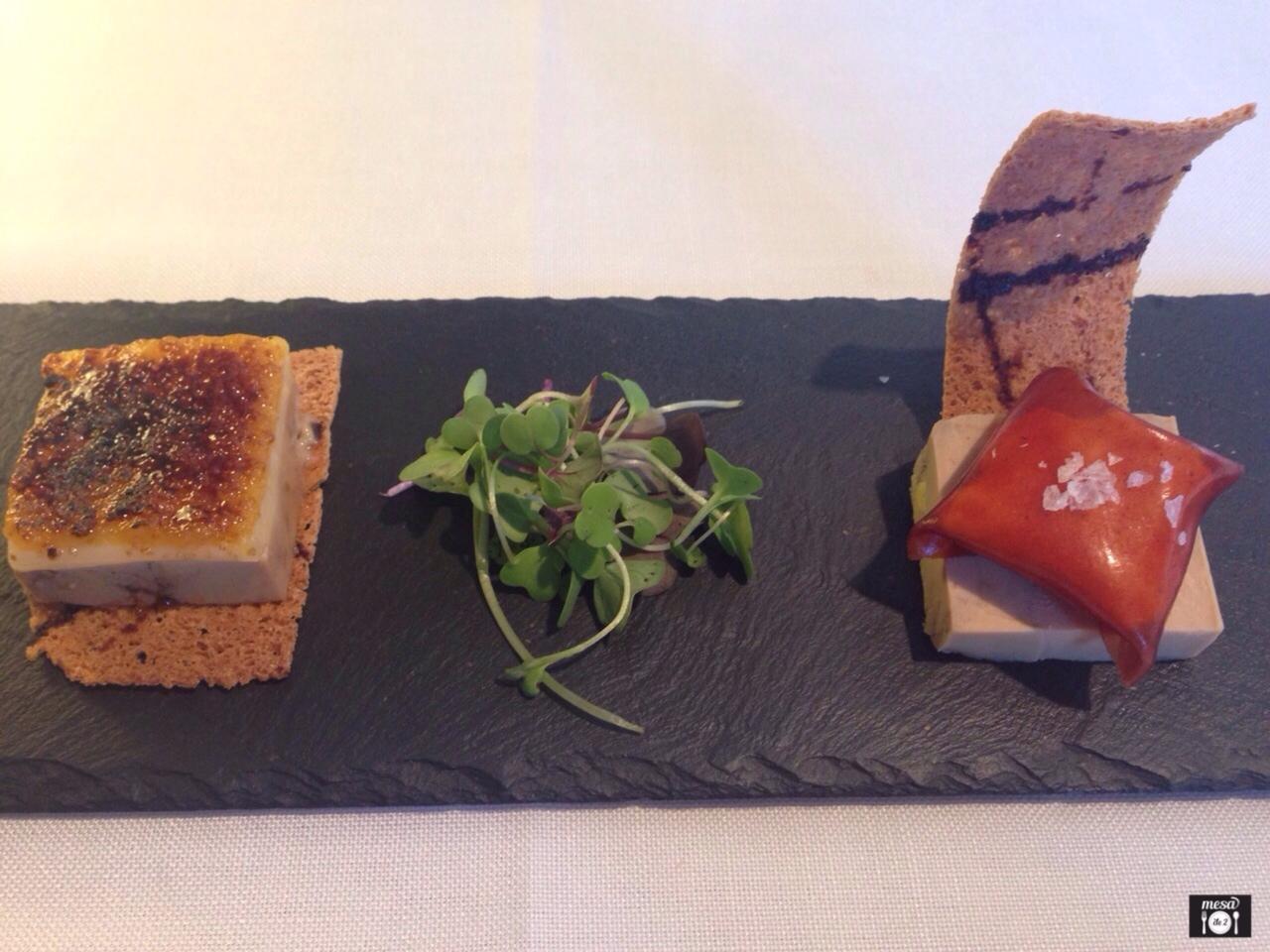 Dúo de Terrina de foie-gras, con queso de Arzúa y calabaza caramelizada y con raviolis de membrillo relleno de yogur