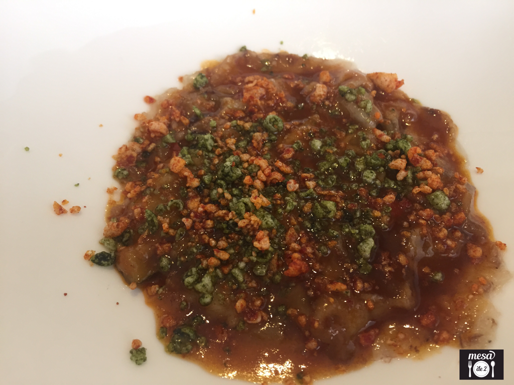 Pisto Aromático de Caracoles y Cangrejos con Manitas de Cerdo
