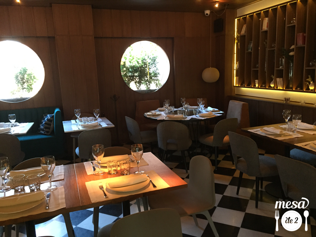 Detalle de la Sala del restaurante Six