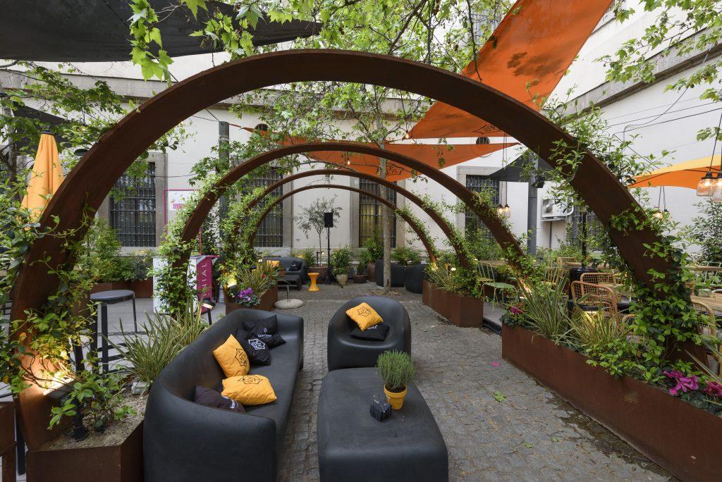 Arzabal Museo Inaguran La Terraza Del Año Mesade2