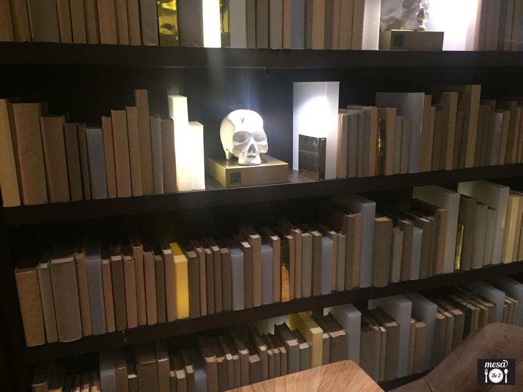 """Detalles de la biblioteca """"beckeriana"""""""
