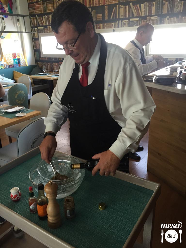 Preparación del plato estrella del restaurante