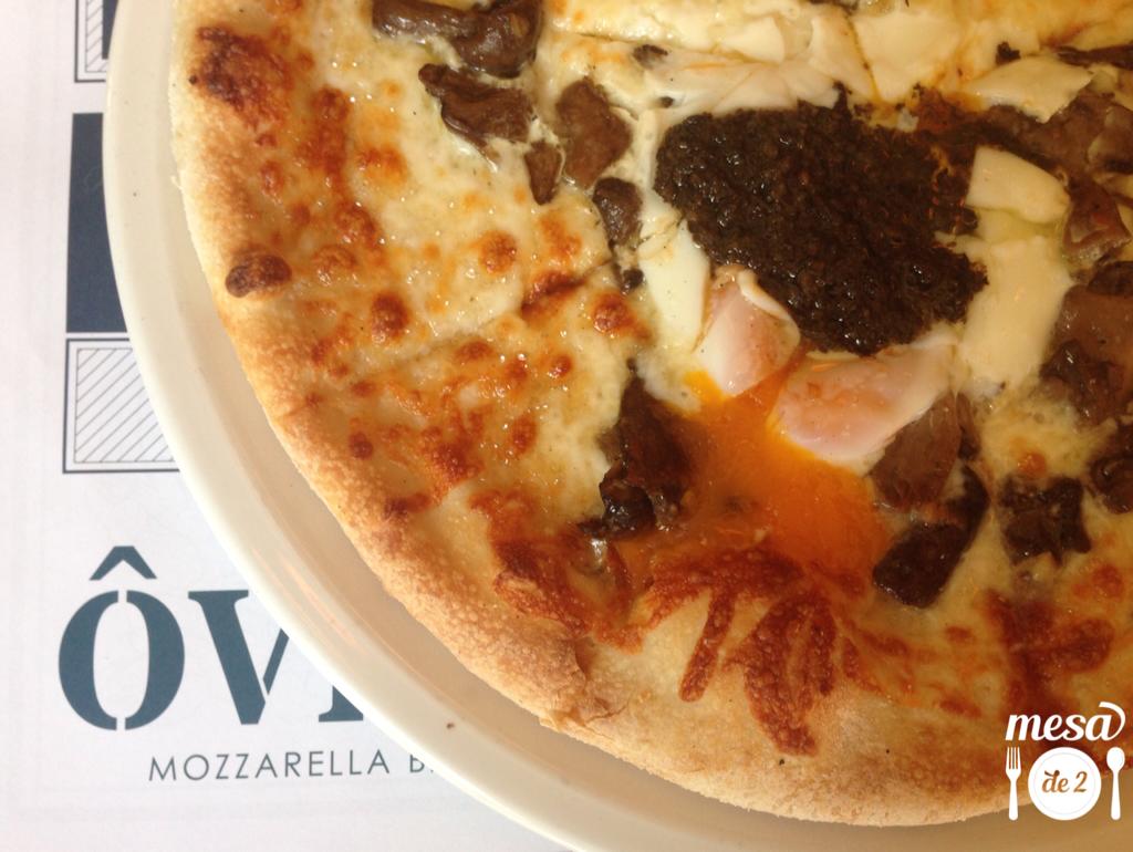 Pizza de Huevo y Trufa Oven Mozarella Bar