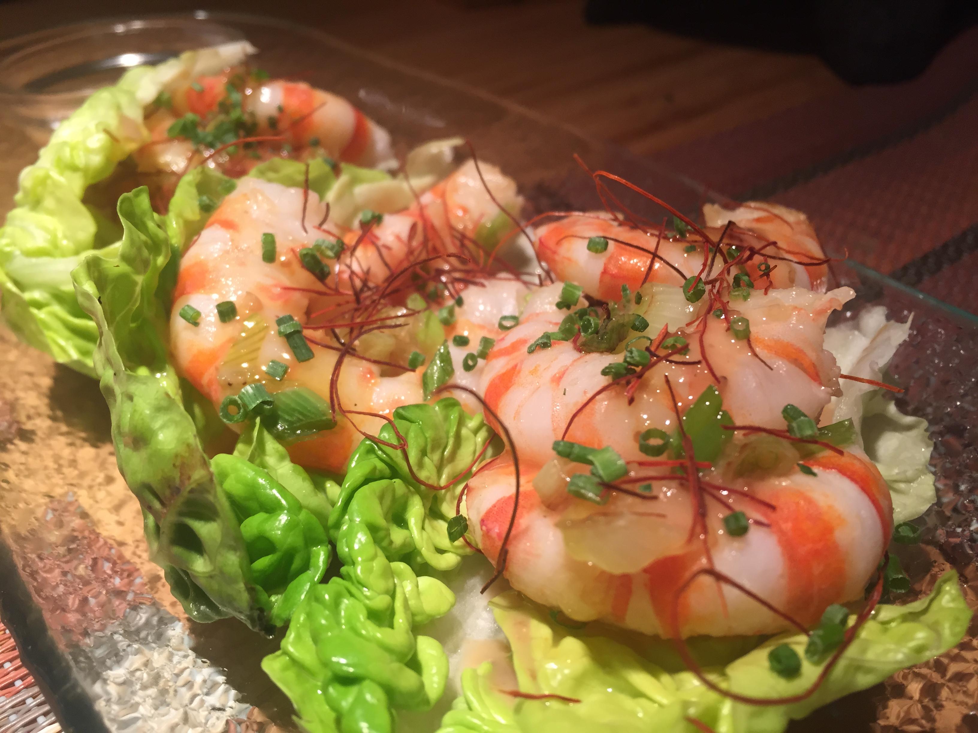 Rollitos de gambas con Salsa de sésamo y yuzu